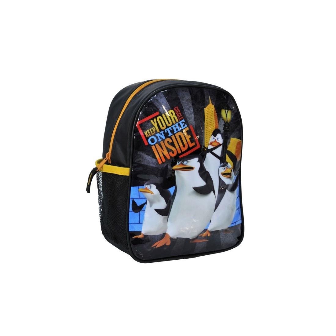 Plecaczek Pingwiny z Madagaskaru czarny - plecak-tornister.pl