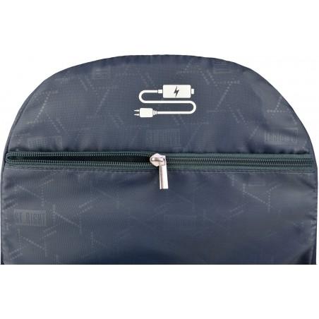 Plecak młodzieżowy BP06 ST.RIGHT DOGS posiada specjalną kieszeń na laptopa