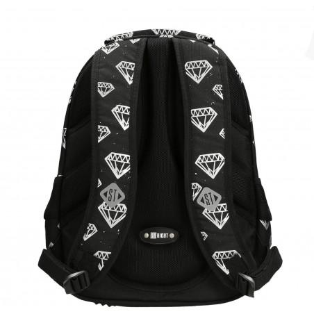 Plecak dla nastolatków Diamonds ST.Right ma ergonomiczny kształt i wygodne pasy naramienne